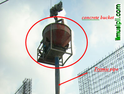 Concrete Bucket dan Pipa Tremie