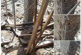 kolom beton keropos terlihat besi tulangan