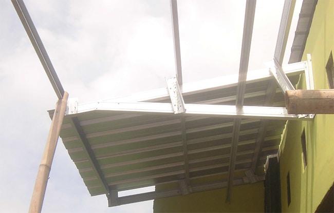 kanopi rangka baja ringan finish galvalum