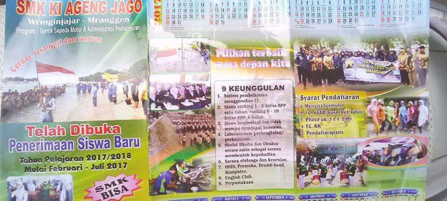 contoh brosur penerimaan siswa baru sekolah menengah kejuruan SMK